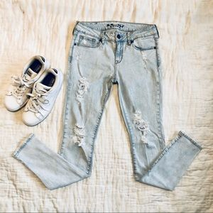 PacSun light distressed skinny jeans